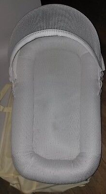 CubbyCove Baby Newborn and Infant Lounger Portable Bassinet White