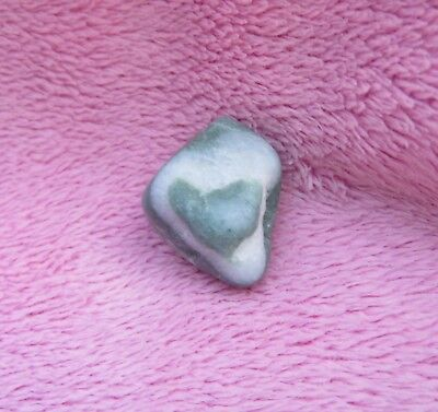 PRETTY ~ HEART Shaped ON Beach Rock ~ 100% Natural Formed ~ LOVE Gift ADORABLE
