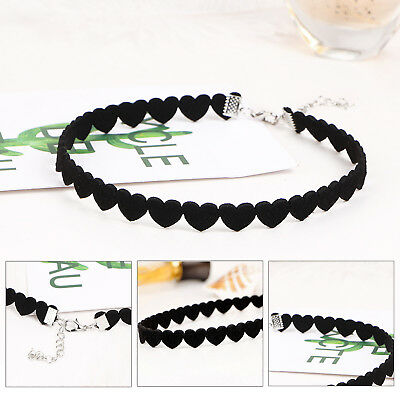 Women Heart Lace Up Gothic Punk Choker Vintage Velvet Leather Necklace Jewelry.