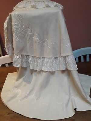 ANTIQUE CAPE CHILDs LACE HAND EMBROIDERY EDWARDIAN  IVORY WOOL ORIGINAL VINTAGE