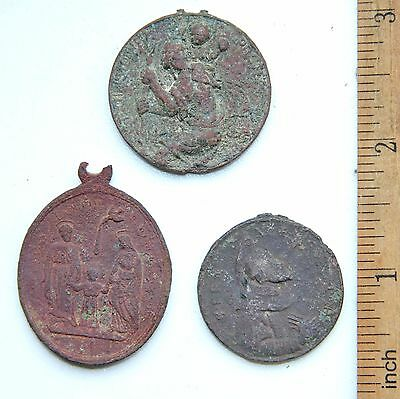 Group Of Ancient Old Catholic Medallion Pendant (FBB)