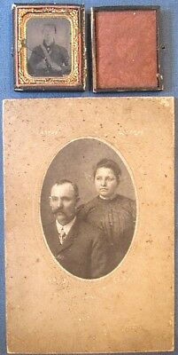 Id'd 1/9-plate ambrotype Confederate soldier w/Bowie & pistol; x-Herb Peck coll
