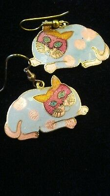 Vintage Pair of Gold Tone Cloisonne Speckled Calico Cat Earrings FREE SHIPPING