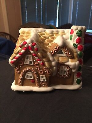 Partylite Gingerbread House Tealight House