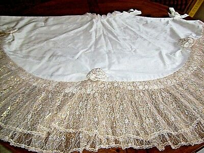 """Vintage Victorian Theme Christmas Tree Skirt """"Ecru and Lace"""""""