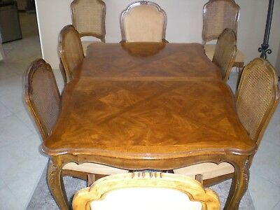 Henredon Burl Top Table With 8 Chairs