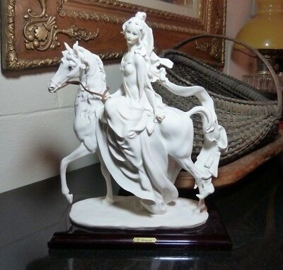 Giuseppe Armani Lady on Horse Figurine Wood Base Capodimonte Florence Italy 1985