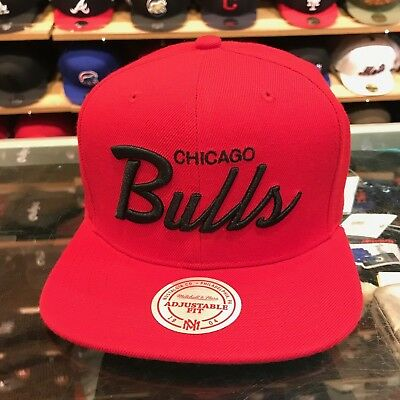 a3fb57be MITCHELL & NESS Chicago Bulls Snapback Hat All Red/Black Script