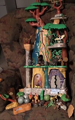 Lion Guard 'Training Lair Playset' Just Play Disney Lion King with FIGURESi!