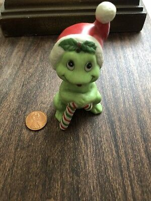Cute Vintage Frog With Santa Hat Christmas Decor