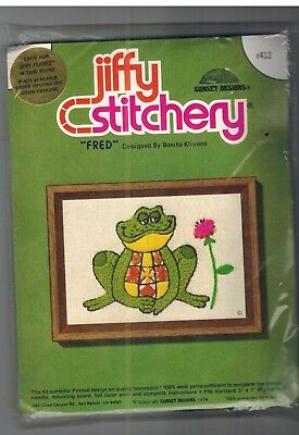 412 Vintage Jiffy Stitchery Fred Frog Crewel Embroidery Sunset Designs Klivans