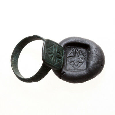 Rare-Crusaders Bronze Decorated Ring With A Cross In Bezel-Circa 1000 Ad-Intact