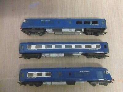 Vintage Triang Blue Pullman for spares or restoration for OO scale Model railway