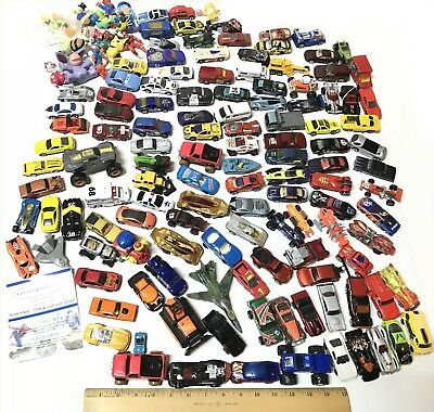 Huge 125+ Hot Wheels Loose Lot & Other Mixed Cars & Vintage Figures