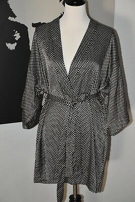 NWT Victorias Secret Satin Kimono Robe Belted Black White size M/L