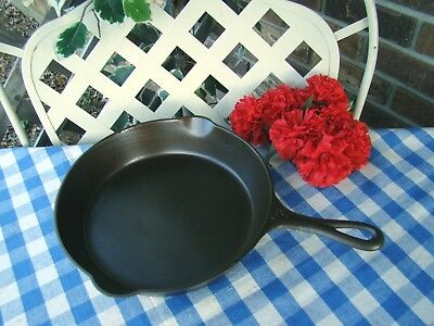 Griswold Erie Cast Iron #7 Large Slant Logo Skillet with Heat Ring