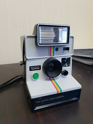 Vintage Polaroid 1000 Camera Button Land Camera Instant with Flash Unit