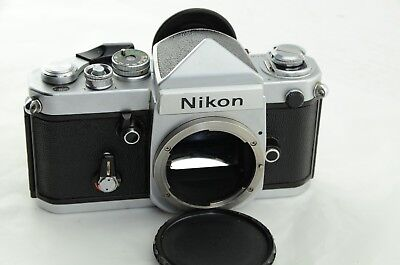Nikon F2 Eye level Finder 35mm Spiegelreflexkamera No 7137866 chrom