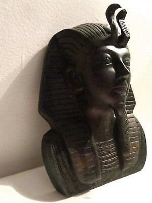 Medal King Tut Mask Ancient Egyptian Wall Décor