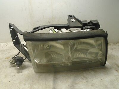 97 98 99 Cadillac Deville Right Penger Side Front Headlight Lamp