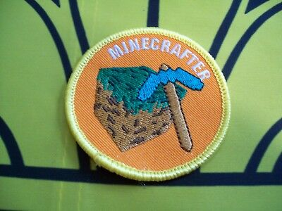 Canadian Scout Badge Yellow Minecrafter