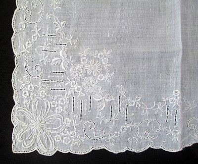 "Exquisite BEAUTIFUL Antique handkerchief 11"" x 11"" White Raised embroidery"