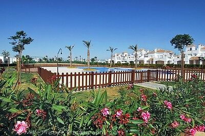A 2 Bedroom 2 Bathroom Holiday Rental Overlooking The Pool In Sunny Murcia Spain