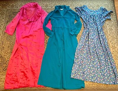 Vintage Clothing Lot of 15 women's 50s 60s 70s Dresses Suit Top Boho mod large