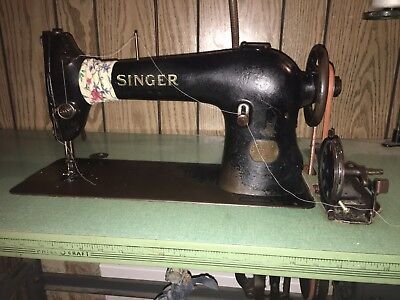 Vintage Working 1923 Singer Model 96-10 Industrial Sewing Machine And Table