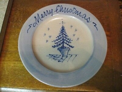 "Rowe Pottery Works Merry Christmas Christmas Tree 8.5"" Plate"