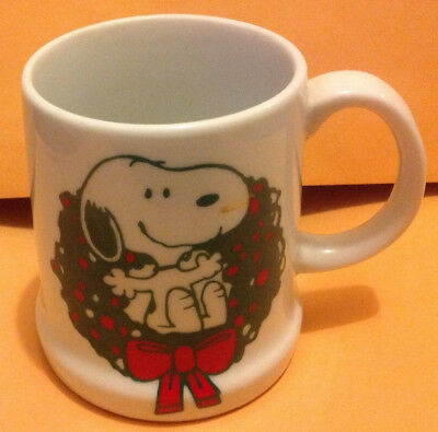 Snoopy Porcelain Coffee Cup Mug, Merry Christmas 1979, Peanuts Charles Schulz