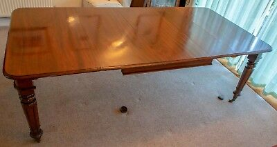 Beautiful Antique Mahogany William IV Extendable Dining Table