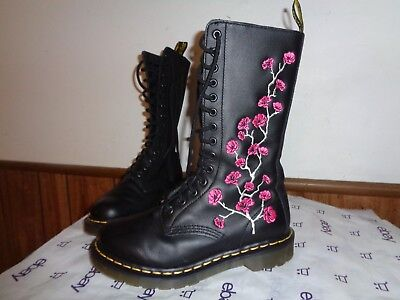Dr. Martens Rose Embroidered 14-Eye Leather Lace-Up Boots Womens US Size 6M