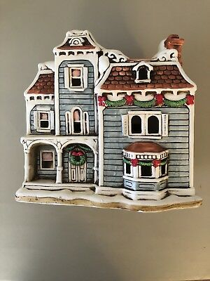 Lefton Colonial Village Collection-07337-The Nob Hill House-1989 Christmas Decor