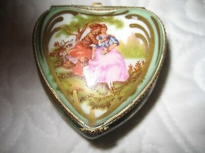 Collectible --- Limoges Heart Box --- Hand Painted ---Made In france