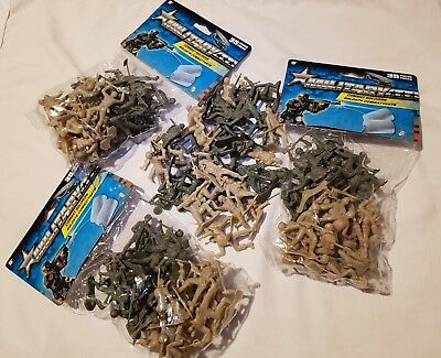 """Lot of 70 Green/tan Plastic Mini Army Men 2"""" Bulk Action Figures Toy Soldiers"""