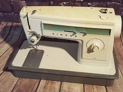 Old Vintage Heavy Duty Singer Electric Sewing Machine Dress Making Upholstery