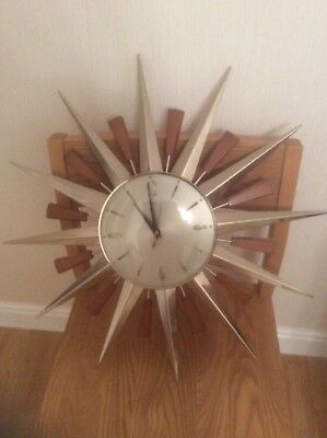 ICONIC 1960's / 70's RETRO SUNBURST / STARBURST METAMEC CLOCK TEAK & METAL