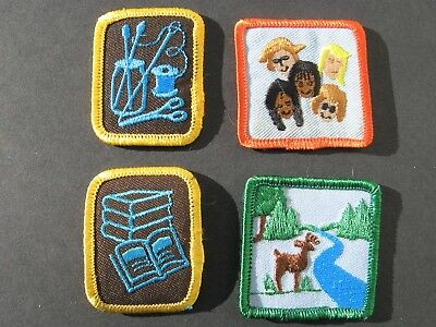 Girl Guides Canada Brownies 4 Merit Badges Reading Sewing
