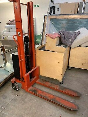 Pallet Stacker - spares or repair (possible battery issue)