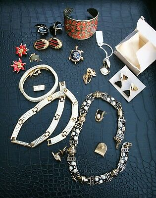 Small Job-lot of Enamelled Jewellery - Vintage and Modern