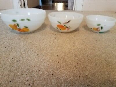 Vintage Fire King three-piece gay fad fruit mixing bowl set excellent condition