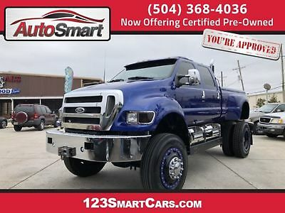 2005 Ford Super Duty F-650 Straight Frame XLT 2005 - XLT!