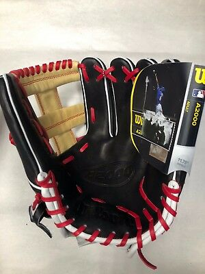 """Wilson A2000 1785 11.75"""" Right Hand Throw Baseball Glove *NEW WITH TAG*"""