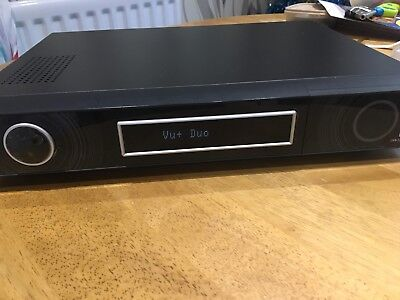 VU+ Duo x DVB-S2 Tuner Twin HDTV satellite Receiver 500gb hard drive installed