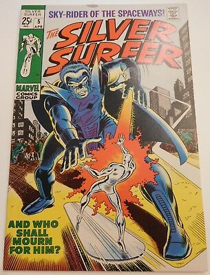 Silver Surfer 5 NM- 9.2 Squarebound Giant Size, featuring the Stranger & the FF