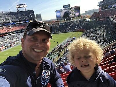 2 X Club Level with Lot R Parking Pass!  Tennessee Titans vs Washington Redskins