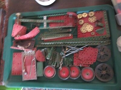Meccano Vintage job lot of old mixed quality gear cogs wheels etc120 plus