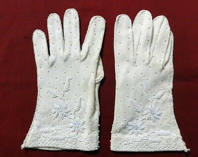 vintage White Beaded Gloves - to wrist - 100% cotton simplex - Size 7 1/2