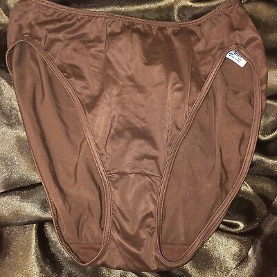 Vintage VASSARETTE Hi-Cut Second Skin Silky Satin Panties Size 9/48 Brown Panty